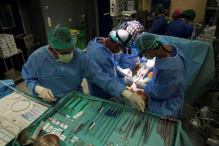 Cirurgia pioneira do linfedema do braço realizada no hospital de Gaia